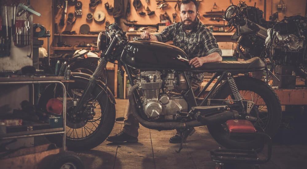 motorcycle mechanic in London